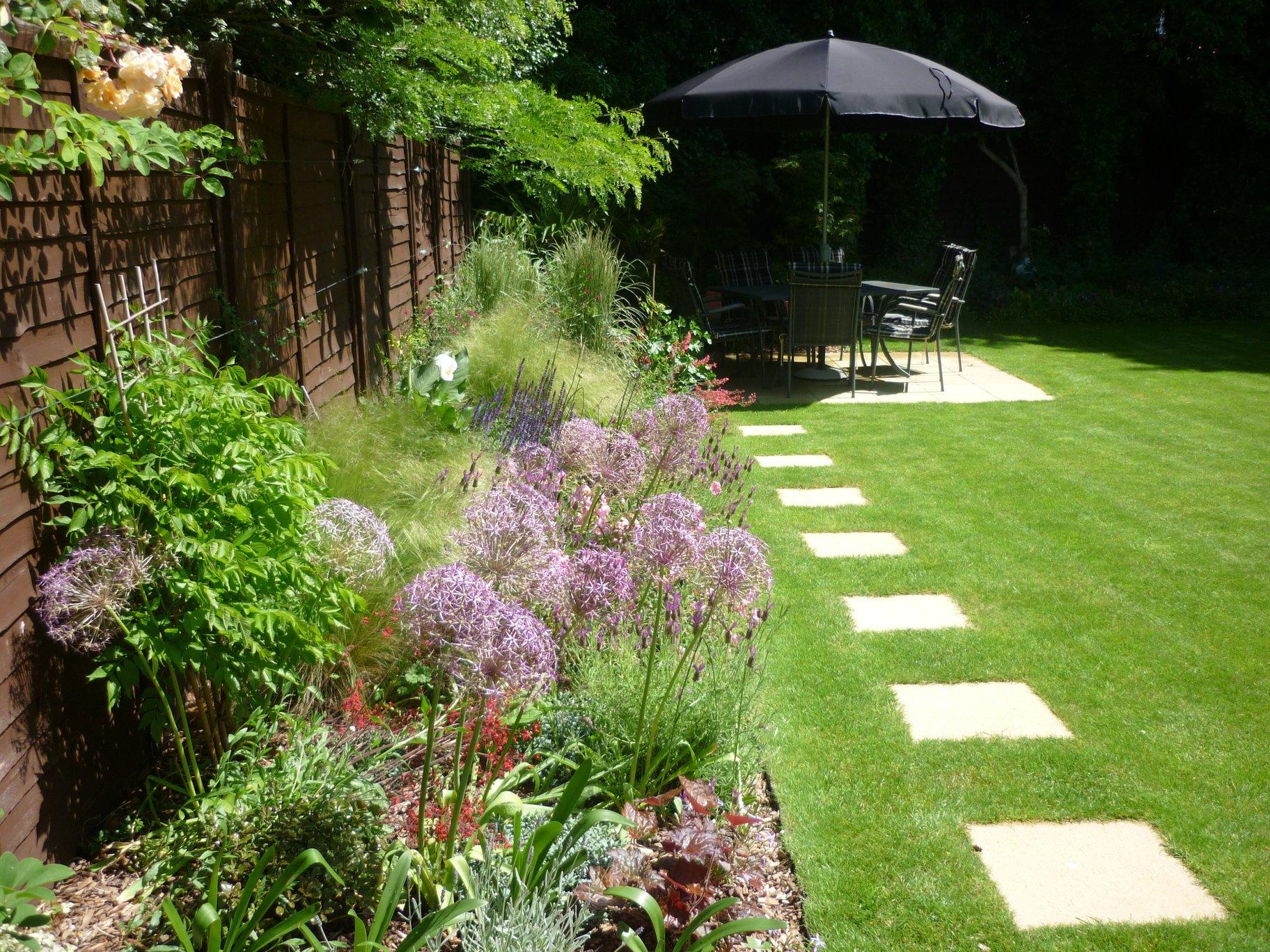 Stuart Bennett Garden Design :: Medium Gardens